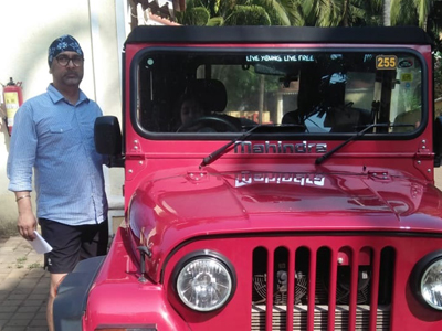 Hire Mahindra Thar in North Goa