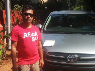 Book Innova Car in Goa